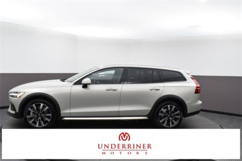 New 2020 Volvo V60 Cross Country T5 4D Wagon in Billings
